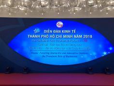 Nhà hát Ca múa nhạc dân tộc Bông Sen biểu diễn chương trình tại Diễn đàn Kinh tế Thành phố Hồ Chí Minh năm 2018
